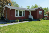 32 LEIGHSIDE COURT, GRAND BAY -WESTFIELD NEW PRICE$189,000.00