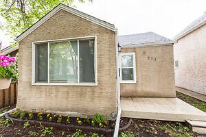 OPEN HOUSE IN ST BONIFACE SAT, MAY 27 2:00 TO 4:00 371 DUBUC ST
