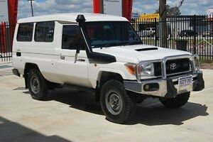 2011 Toyota Landcruiser VDJ78R MY10 Workmate Troopcarrier White 5 Speed Manual Wagon Kenwick Gosnells Area Preview