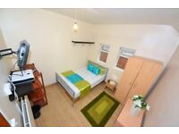 Charming South Woodford Room. Inc TV LCD WOW all MODERN NEW Channel Inside Room Free WiFi