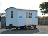 Shepherd Hut - Home Office, Spare Bedroom, Accommodation, Studio, Pop up Office