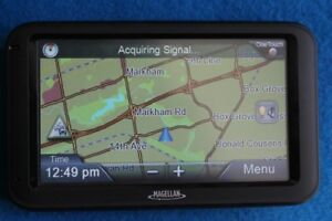 Magellan navigation System RoadMate GPS RM5230T-LM with updated