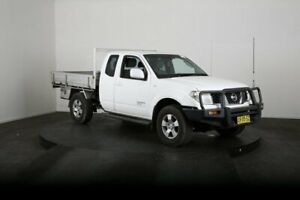 2008 Nissan Navara D40 ST-X (4x4) White 5 Speed Automatic King Cab Chassis McGraths Hill Hawkesbury Area Preview