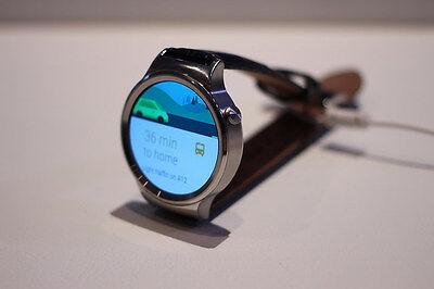 Huawei Watch: Etwas klobig, aber mit leistungsstarker Technik (Maurizio Pesce (CC BY 2.0))