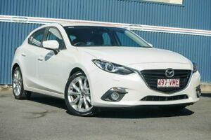 2015 Mazda 3 BM5438 SP25 SKYACTIV-Drive White 6 Speed Sports Automatic Hatchback Tweed Heads Tweed Heads Area Preview