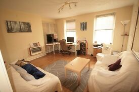 Brixton 1 Bed Flat Only £340 per week