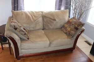 Causeuse / Divan / Sofa / Loveseat