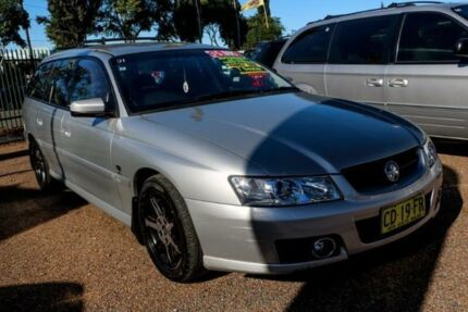 2005 Holden Commodore VZ Acclaim White 4 Speed Automatic Wagon Colyton Penrith Area Preview