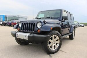 2013 Jeep Wrangler Unlimited Sahara *LOW KMS, RARE COLOR*