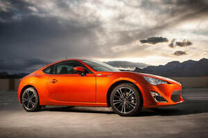 2013 Toyota Scion FR-S Coupe (2 door)
