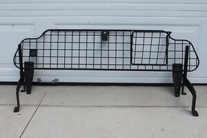 PET BARRIER - COMPARTMENT DIVIDER - SUBARU OUTBACK