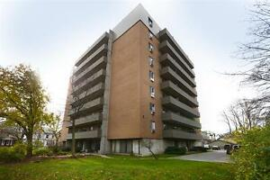 Live Downtown! Great incentives! Call us today! London Ontario image 9