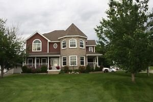 Executive home - 1 Sutton Road - MLS #04700343