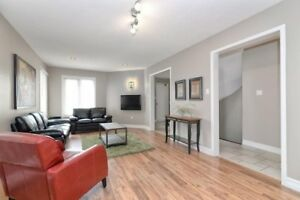 FABULOUS 4+1 Bedroom Detached House in VAUGHAN $889,900 ONLY