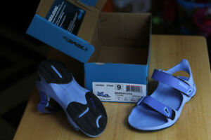 TEVA Children Sandals Barracuda Vista Blue CUTE!  Size 9