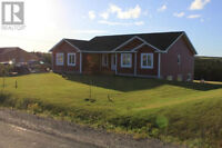 EXECUTIVE BUNGALOW IN TORBAY FOR LEASE/PURCHASE
