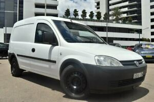 2006 Holden Combo XC MY05 Van 2dr Man 5sp 746kg 1.4i White Manual Van Liverpool Liverpool Area Preview