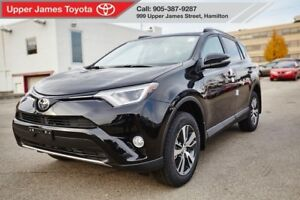 2017 Toyota RAV4 XLE - THIS WON'T LAST!!