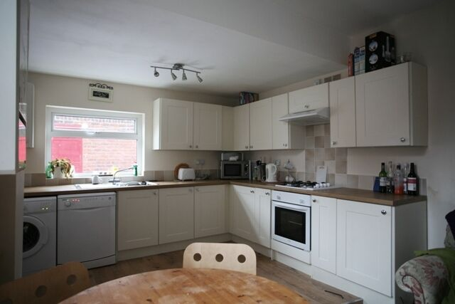 4 bedroom house in Chillingham Road, Heaton, Newcastle Upon Tyne, NE6