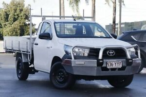 2016 Toyota Hilux TGN121R Workmate 4x2 White 5 Speed Manual Cab Chassis Upper Mount Gravatt Brisbane South East Preview