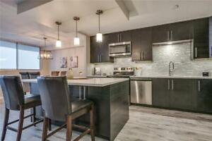 PENTHOUSE SUITE!! - Luxury Living / Prime Waterloo Location!