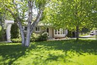 Nicely Updated Bungalow in Crystal Beach