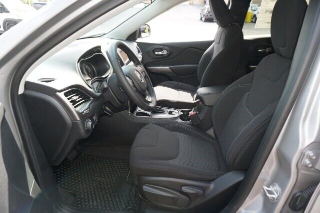 Image 10 Voiture American used Jeep Cherokee 2020