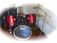 Pearl forum Drum lit