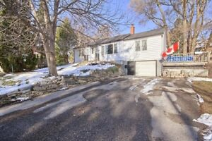 Detached Bungalow In Central Newmarket!