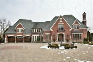 5+2 BR Detached Home in Vaughan near Yonge/Centre St