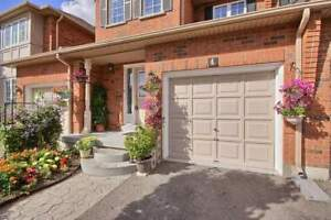 Bright Condo Townhouse  with fin. bsmt at hurontario/raylawson