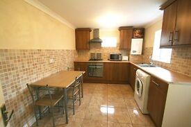 3 bedroom flat in Beach Road, South Shields, NE33