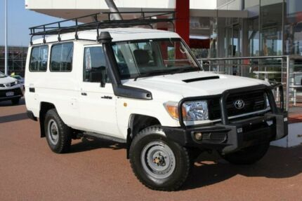 2011 Toyota Landcruiser VDJ78R 09 Upgrade Workmate (4x4) 11 Seat French Vanilla 5 Speed Manual Troop Myaree Melville Area Preview
