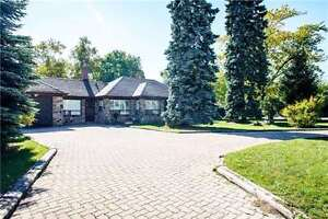 A Premium Large Corner Lot In A Very Demanding Central Location