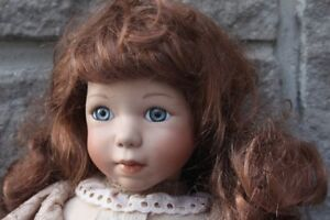 Hanna doll a beautiful collectable item # 366/720 approx 18 inch