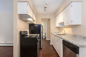 Great 2 bedroom apartment in White Rock at Bayview Gardens