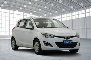 2015 Hyundai i20 PB MY16 Active Polar White 4 Speed Automatic Hatchback