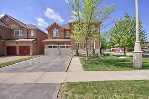 **BEAUTIFUL DETACHED HOME WITH FINISHED BASEMENT AND S/E**