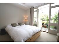 3 LOVELY ROOMS IN LONDON BRIDGE HOUSE