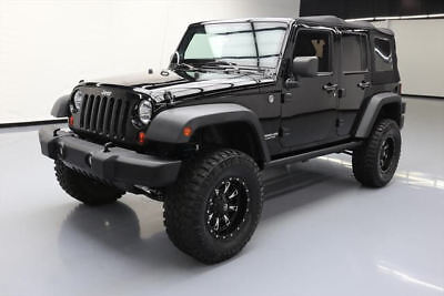 2013 Jeep Wrangler Unlimited Rubicon Sport Utility 4-Door: 2013 JEEP WRANGLER UNLTD RUBICON 4X4 6-SPEED LIFTED 61K #646914 Texas Direct