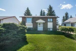 Home for Sale in Tofield,  (3bd 2ba)