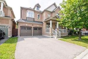 Upgraded Double Garage Detached house in Markham- Mccowan / 16th