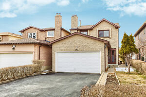 For Sale Beautiful Home in Mississauga - 696 Greycedar Crescent