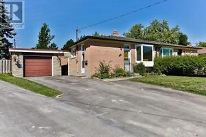 284 Demaine Cres Richmond Hill Ontario Great house for sale!