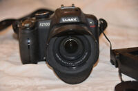 Lumix DMC-FZ100 high-speed superzoom camera
