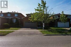 51 Briggs Ave Richmond Hill Ontario Great house for sale!