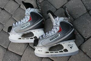 Hockey SKATES JUNIOR Bauer Vapor X:20 youth SIZE 12 D or 12R or
