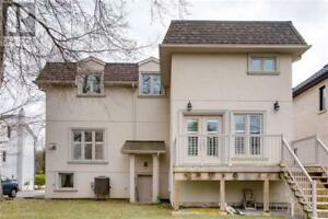 Large Walkout Basement Apartment - Port Credit / Mineola