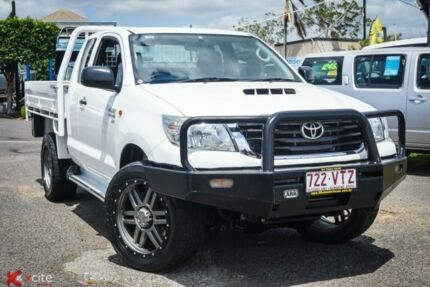 2015 Toyota Hilux KUN26R MY14 SR Xtra Cab White 5 Speed Manual Cab Chassis Archerfield Brisbane South West Preview