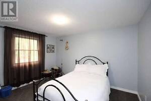 All-Inclusive, Furnished 3bdr Home near CFB Kingston Kingston Kingston Area image 4